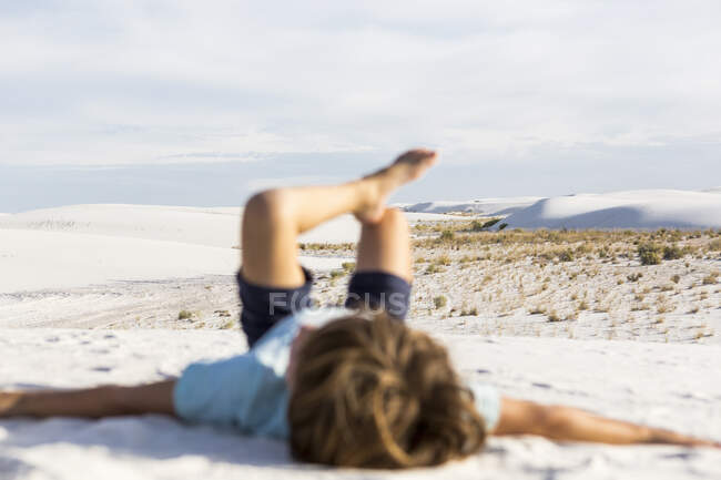 Blurred young boy, White Sands Nat'l Monument, NM — Stock Photo
