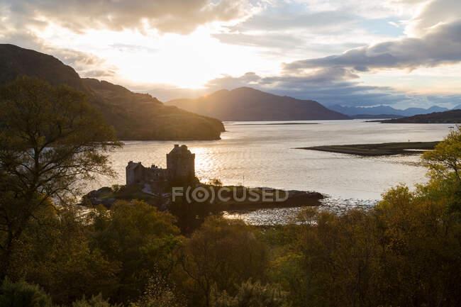 Castelo de Eilean Donan, perto de Dornie, Loch Alsh — Fotografia de Stock