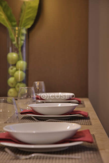 Table laid in restaurant, close-up view — Stock Photo