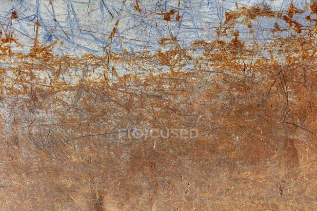 Rusty and worn metal sheet, corrosion. — Stock Photo