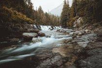 Wasserstrom in Bergen — Stockfoto