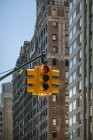 Rote Ampel in manhattanischen Straßen — Stockfoto