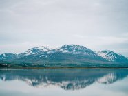 Фіорд озеро з відображення гірські — стокове фото