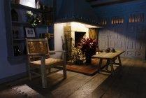 Дерев'яний декор в інтер'єрі — стокове фото