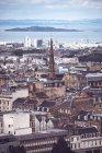 Paesaggio urbano di Edimburgo sopra il fondo dell'oceano — Foto stock