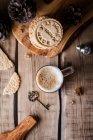 Xícara de café e biscoitos — Fotografia de Stock