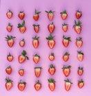 Halves of fresh strawberries — Stock Photo