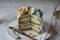 Gâteau fleur de crème au beurre — Photo de stock