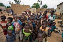 ANGOLA - AFRICA - APRIL 5, 2018 - Group of needy ethnic children on village street — Stock Photo