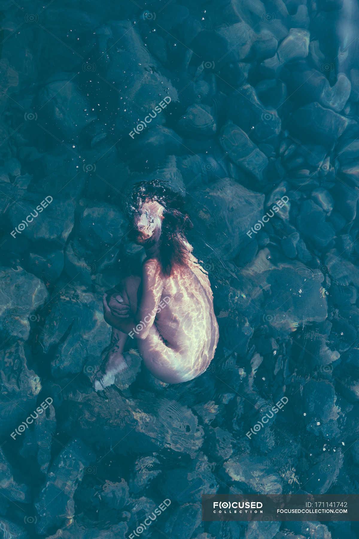 Nude women underwater in pool new porn photos