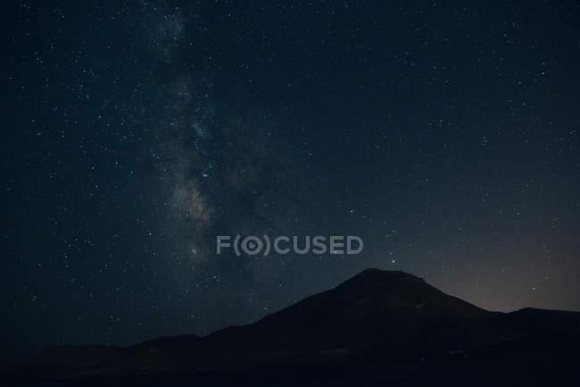 Schöne Landschaft bei Nacht — Stockfoto