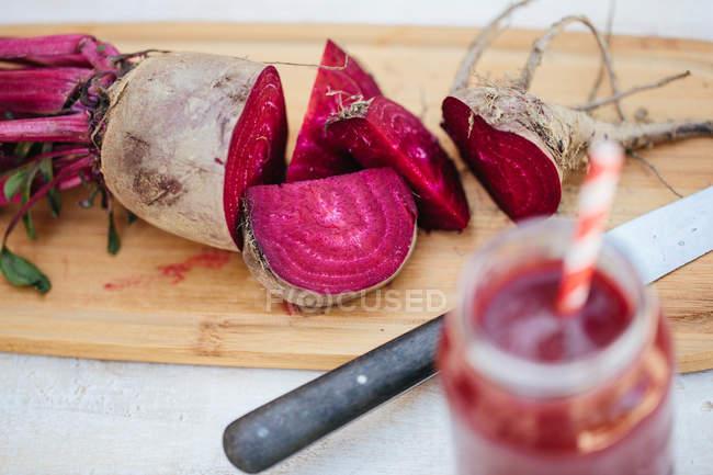 Fresh sliced beet — Stock Photo