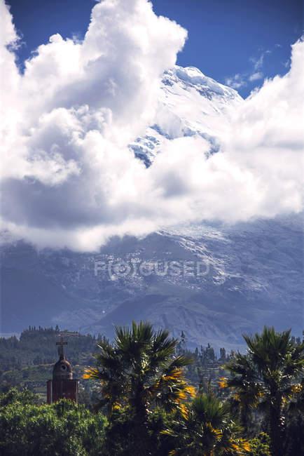 Bella gamma di Cordillera Blanca — Foto stock