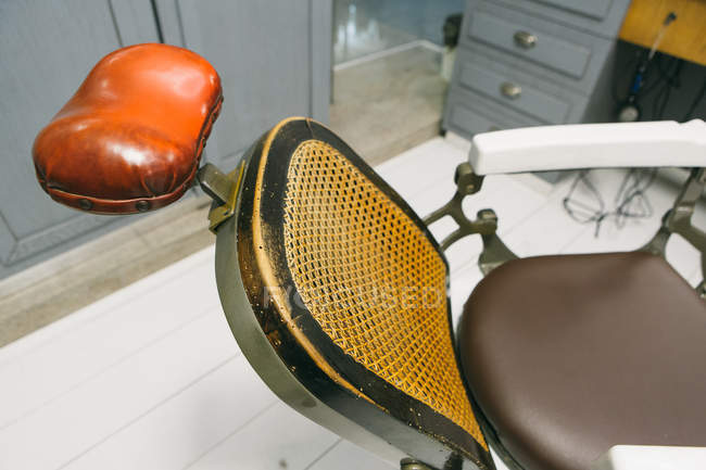 Vintage barber seat — Stock Photo