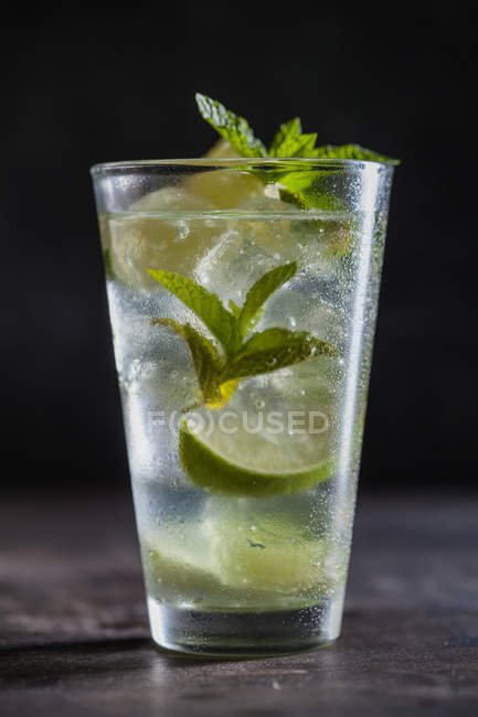 Glass of fresh mojito — Stock Photo
