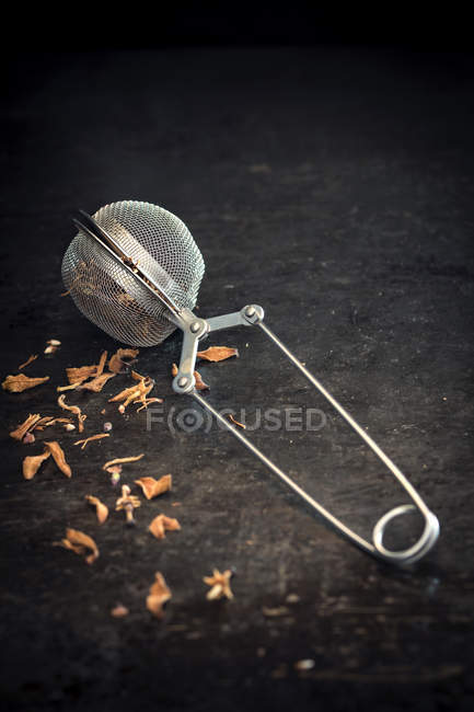 Composição de chá com filtro de chá — Fotografia de Stock
