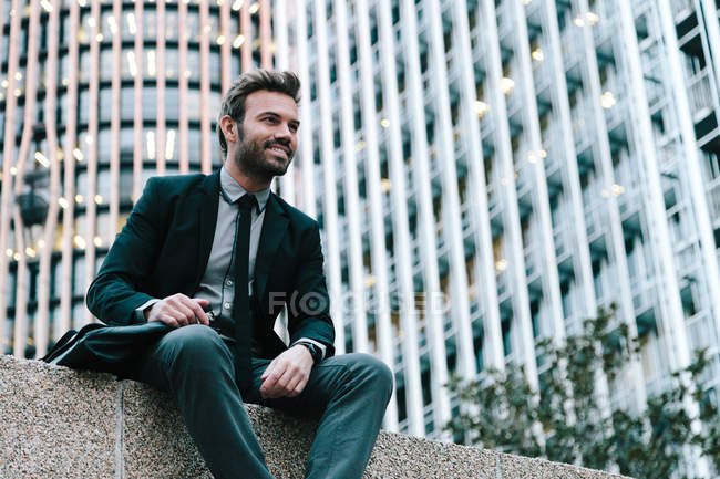 Businessman in a Financial Area — Stock Photo