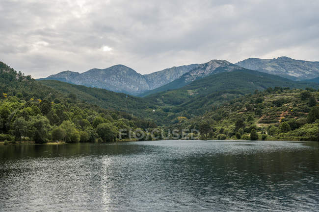 View of mountains and lake — Stock Photo