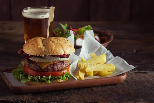 Leckere Gourmet-burger — Stockfoto