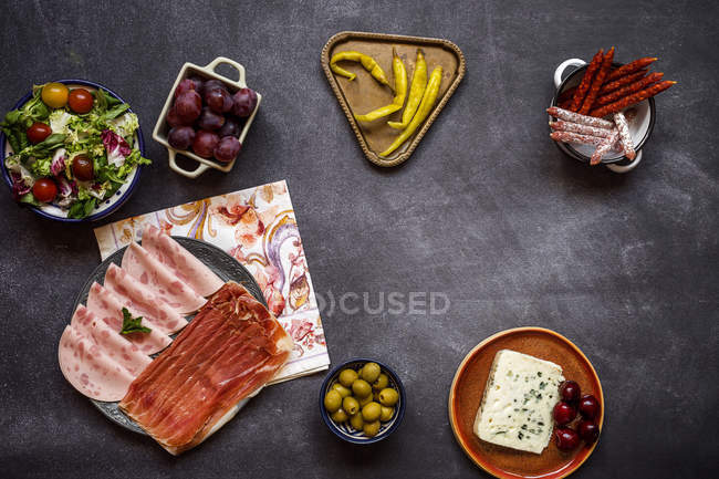Spanish cuisine dishes on plates — Stock Photo