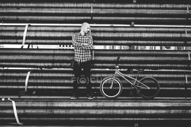 Стильний молодий чоловік Bmx rider — стокове фото