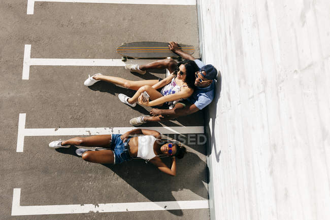 From above shot of skateboarders — Stock Photo