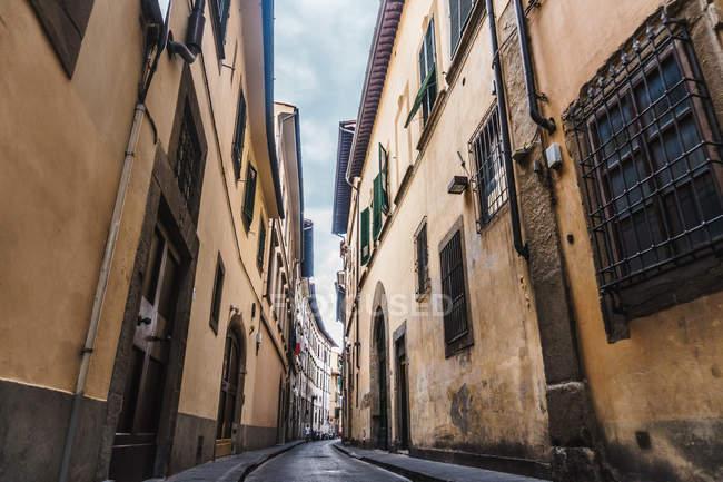 Strada stretta a Firenze — Foto stock