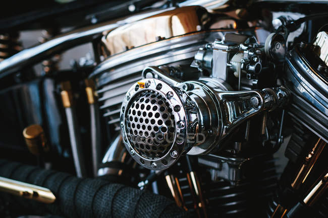 Full frame shot of shiny engine gear — Stock Photo