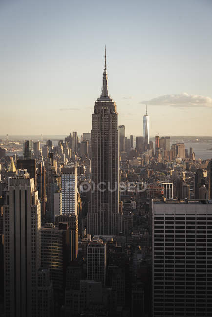 Skyline de New York à l'heure d'or — Photo de stock