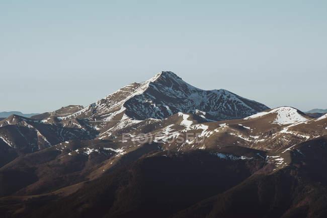 Belle montagne alla luce del sole — Foto stock