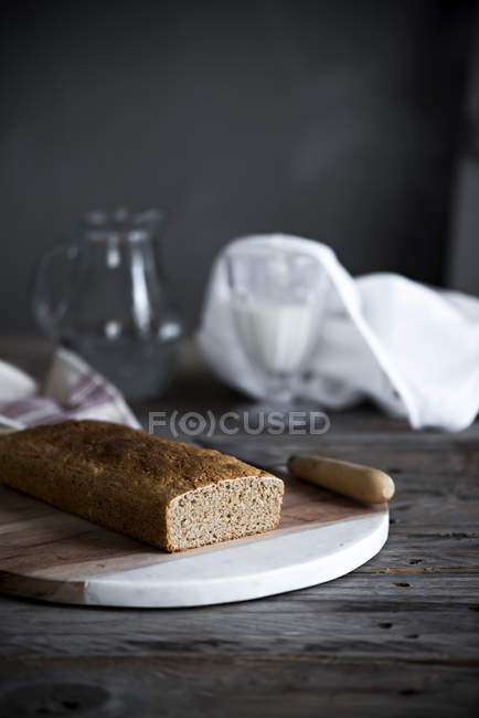 Close up view of homemade cake on Table — Stock Photo
