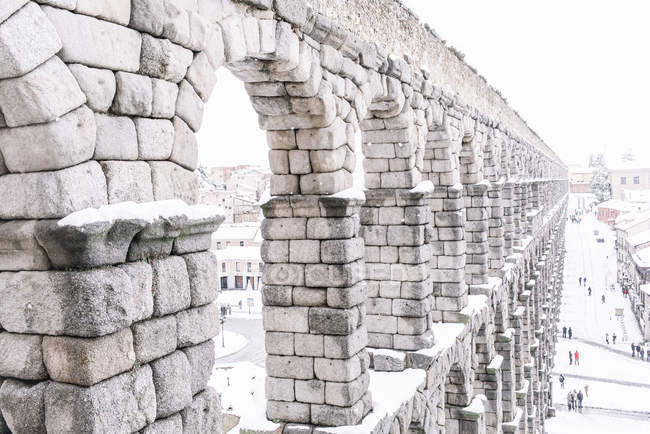 Exterior de aqueduto de Segóvia no dia de inverno — Fotografia de Stock