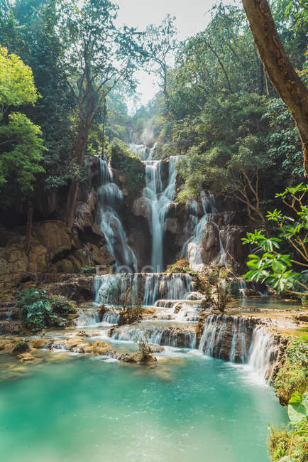 Scenic view to tropical waterfalls flowing — Stock Photo