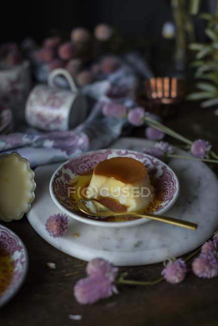 Still life of tasty dessert in plate — Stock Photo
