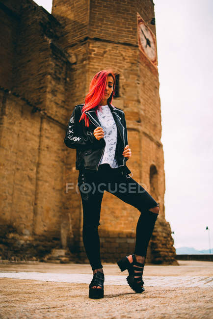 Woman in rebel outfit with dyed hair — Stock Photo