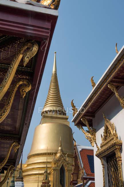 Golden stupa of Palace Real — Stock Photo