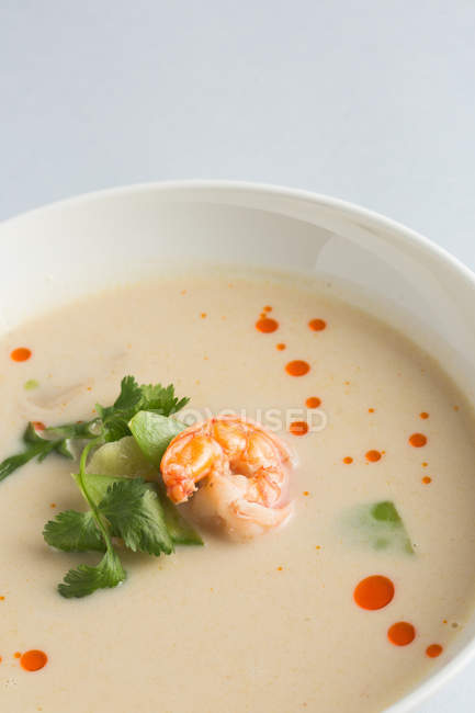 Japanese miso soup with prawns — Stock Photo