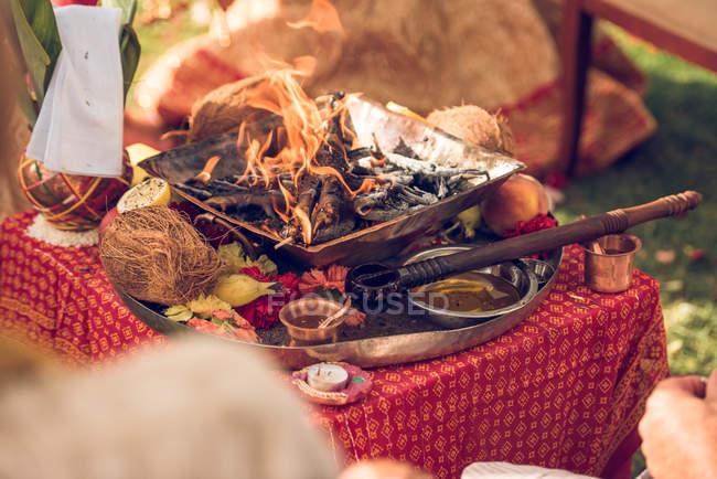 Bowl with incense on Hindu wedding — Stock Photo