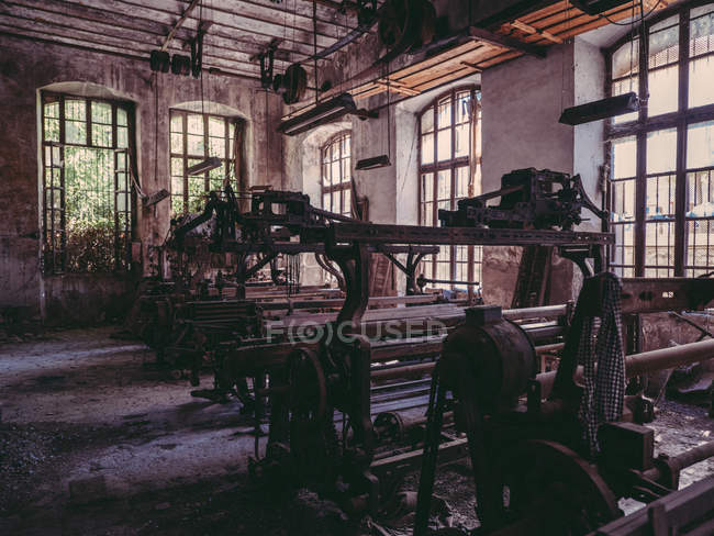 Old machines in factory — Stock Photo
