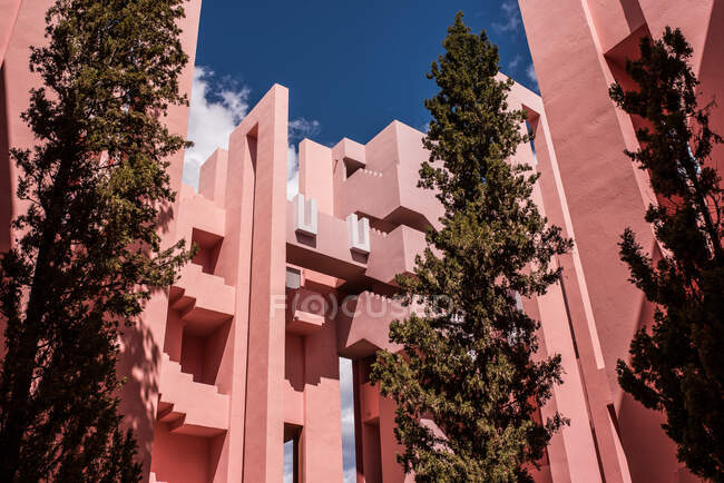 Modern architecture pink building — Stock Photo