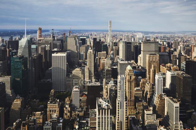 Paysage du centre-ville futuriste, New York, é.-u. — Photo de stock