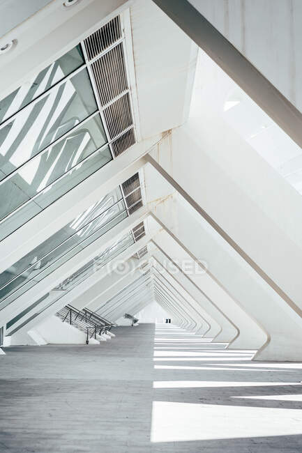 Amazing view of unusual empty archway of triangle shape in modern building — Stock Photo