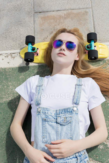 Chica De Bordo Diversión Sol Gafas — En Penny Camino Rubia A CthrQds