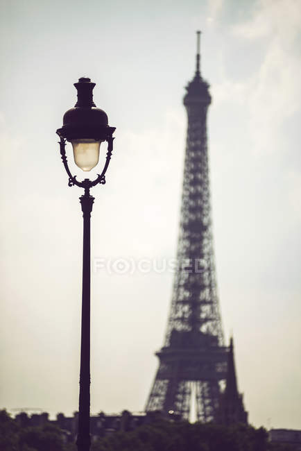 Lantern on background of sky and Eiffel Tower, Paris, France — Stock Photo