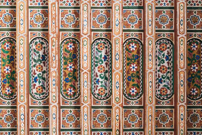 Геометрически ручной узором потолок искусства — стоковое фото