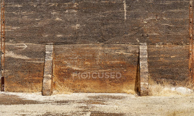 Huge dirty wall in Sao Domingos Mine on sunny day in Portugal — Stock Photo