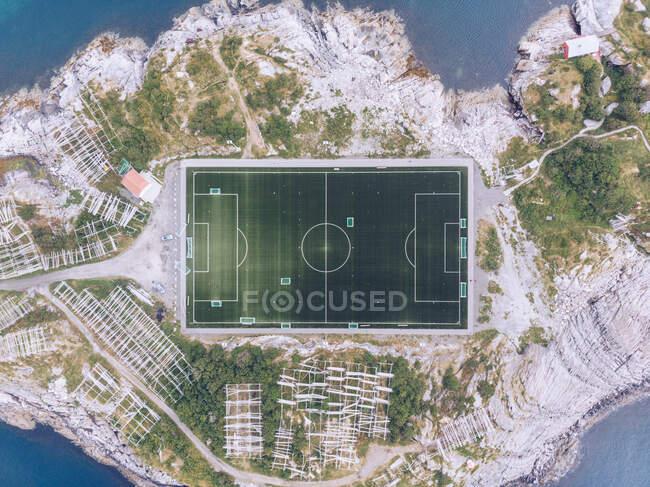 Campo de futebol alto de cima — Fotografia de Stock