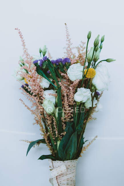 Bouquet of fresh flowers — Stock Photo