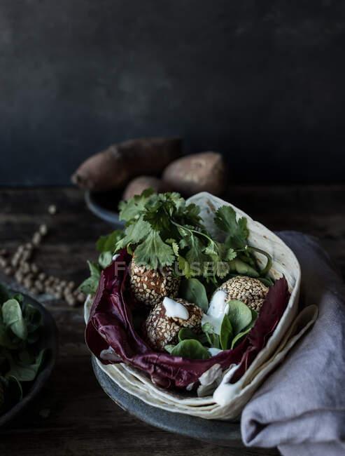 Frische Süßkartoffelfalafel — Stockfoto