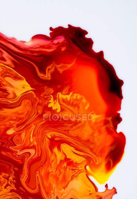 Абстракция жидких красок в медленном смешивании — стоковое фото